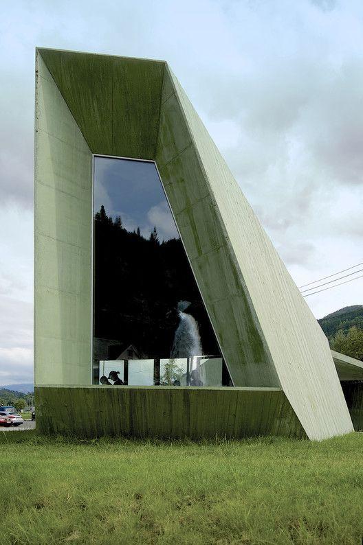 Galer a de cascada steinsdalsfossen jva 15 vano - Vano arquitectura ...