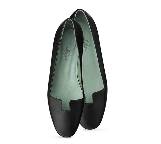 8883a2944dac7 Joy Hermes ladies  ballerina flat shoe in black calfskin with rubber sole.
