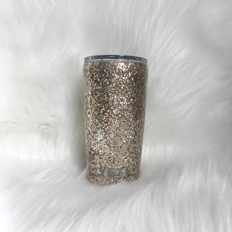 eb6997a42b1 Pin by Danielle Donati on Epoxy sealed glitter tumblers ...
