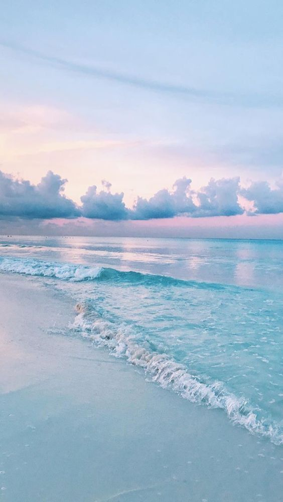 Wallpaper fondo de pantalla  vintage aesthetic water agua playa beach celeste light blue azul blue