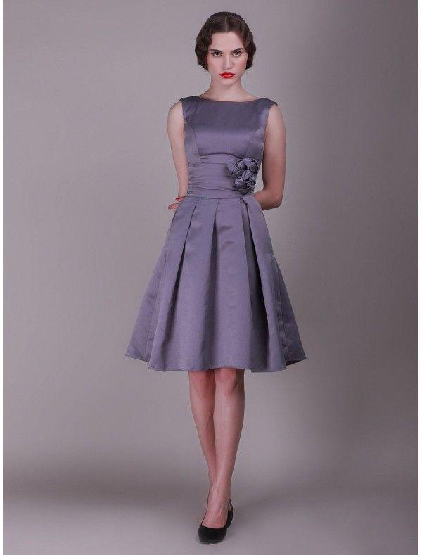Taffeta Scoop Neckline A-Line Vintage Bridesmaid Dress with 3 ...