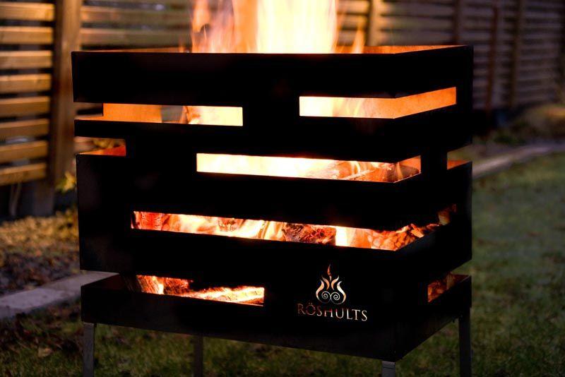 Beautiful outdoor fireplace. Länna Möbler - Urban Eldkorg från Röshults - Länna Möbler - Handla online