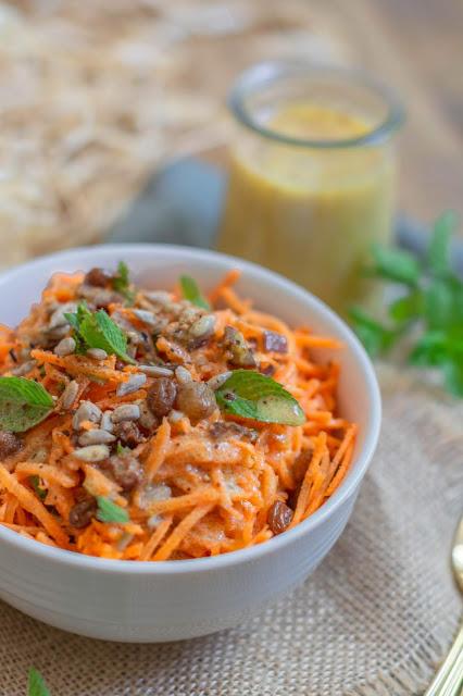 Salade De Carottes Crues A L Orientale Salade Carotte Cuisine Crue Salade De Carottes Marocaine
