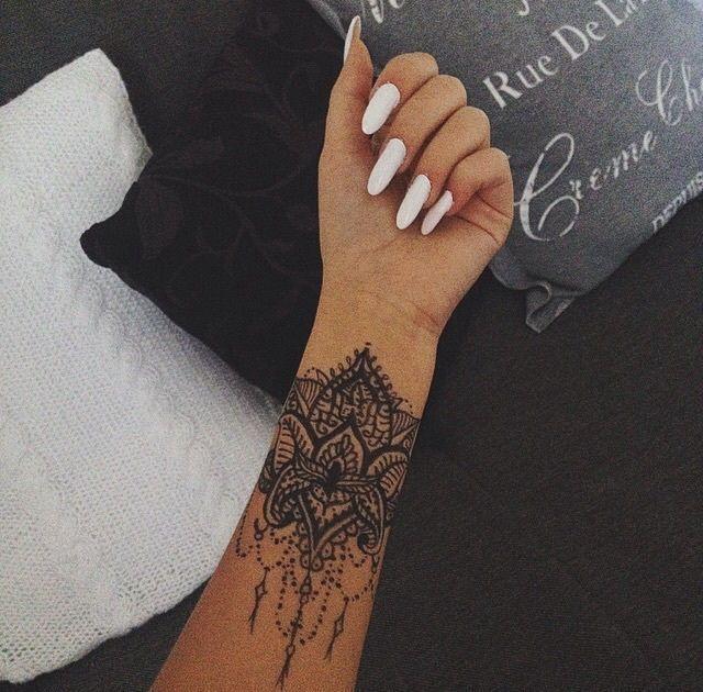 Tattoo Welt Mandala