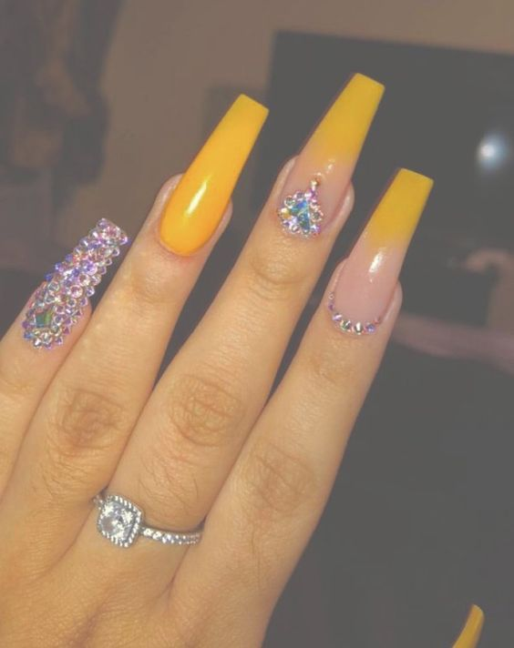 70 Attractive Acrylic Coffin Nails To Try This Fall Koees Blog Coffin Nails Designs Yellow Nails Gorgeous Nails