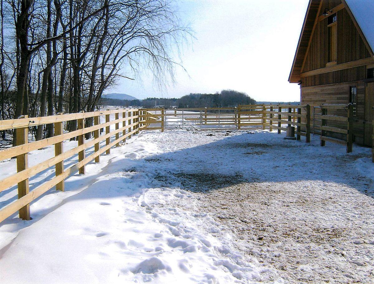 Middlebury fence fence landscaping backyard fences