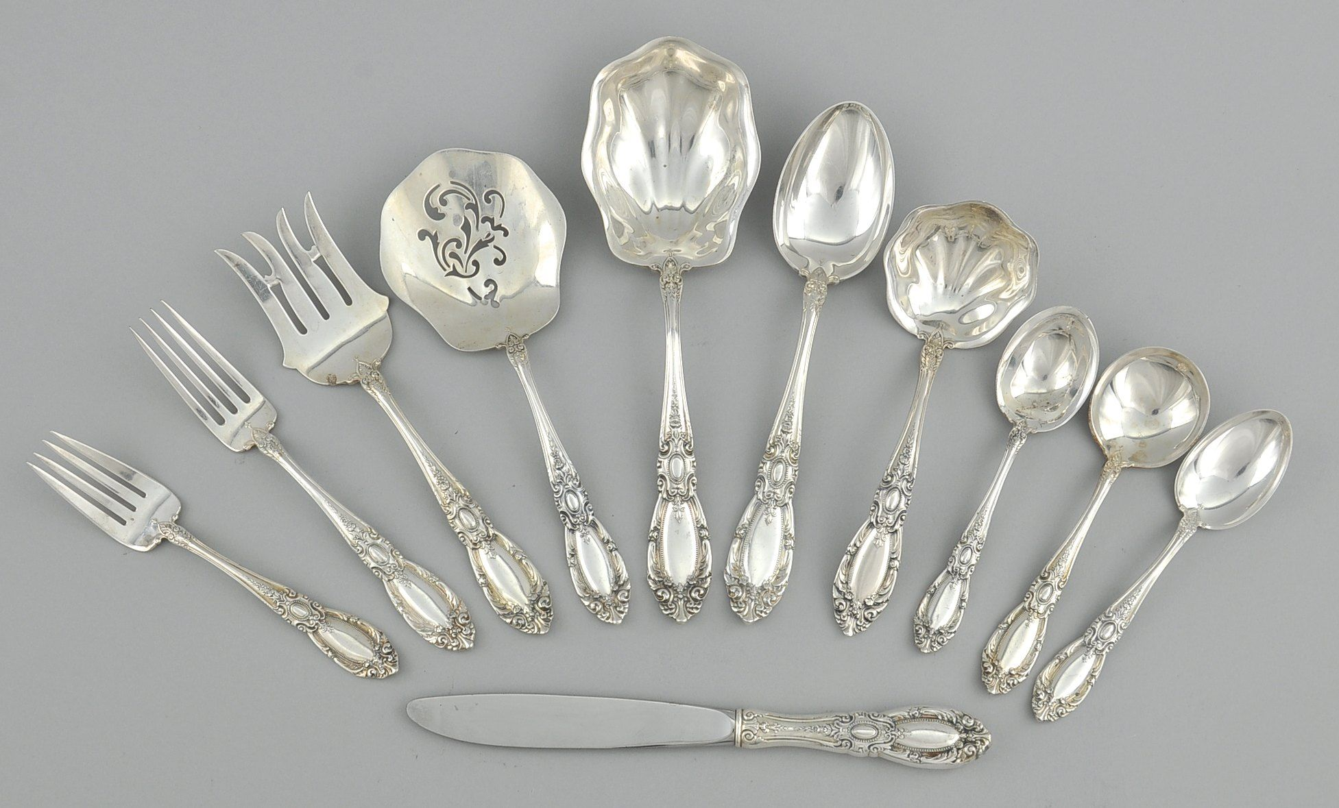 Aspire Auctions Fine Art Antiques Jewelry And Other Luxury Items In 2020 Sterling Silverware Antique Silver Vintage Silver