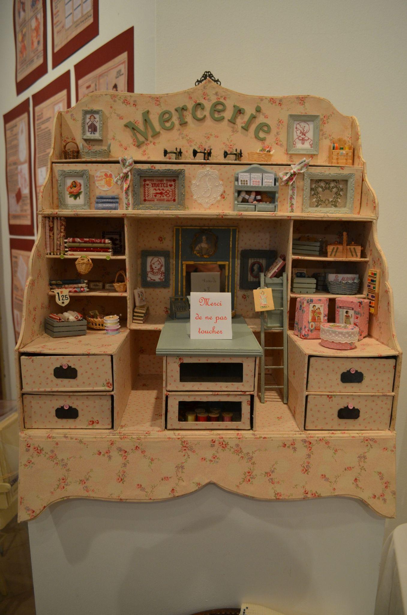Yvelines Point De Croix Deuxieme Partie Une Fee D Hiver Miniatures Pour Maison De Poupee Cartonnage Idees De Recyclage