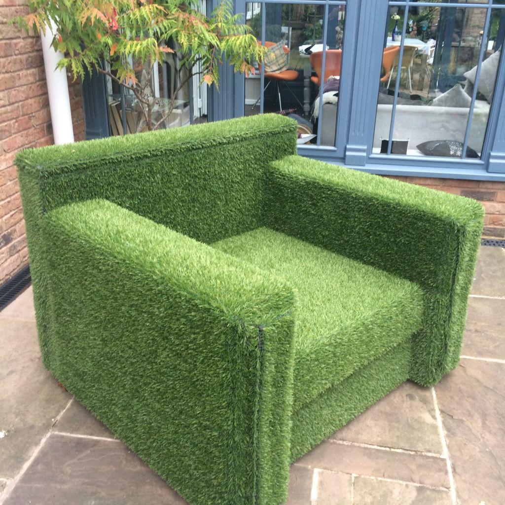 Artificial Grass Kissing Chair Relva