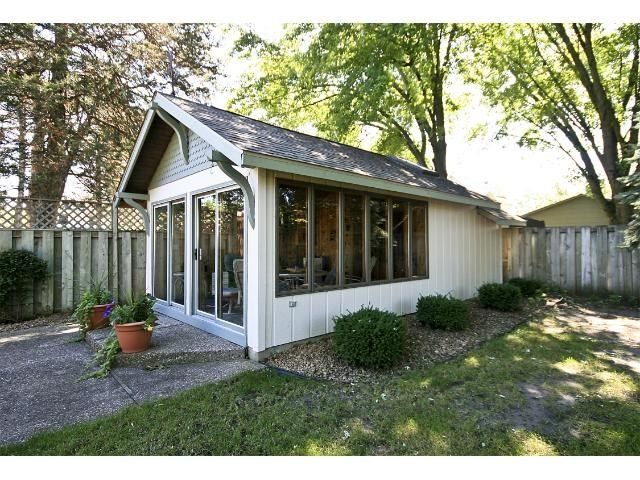 Retreat   1 Backyard Buildings, Edina Realty, Mobile Living, She Sheds, Tiny