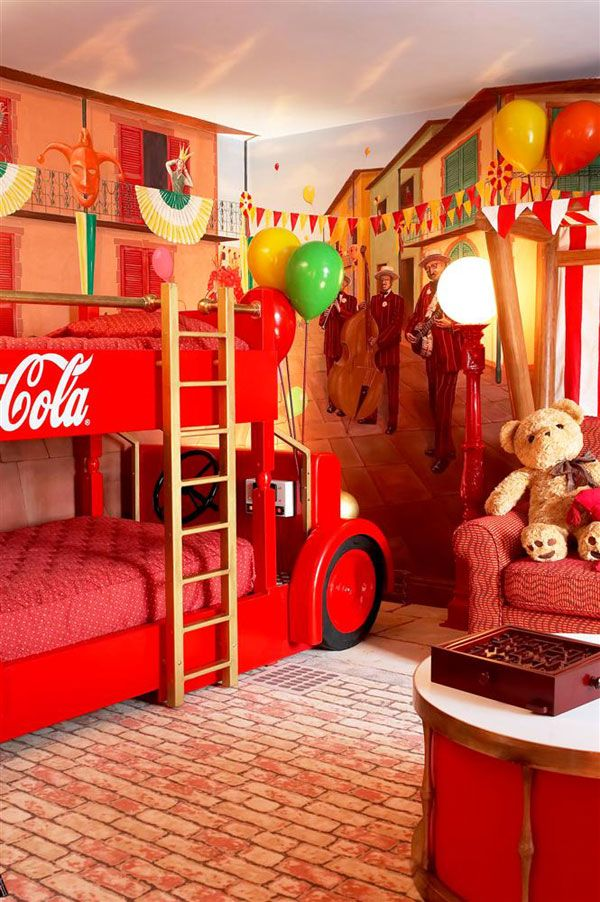 Hotel Suite Room: B For Bel: Amazing Themed Hotel Rooms....I Would Love To