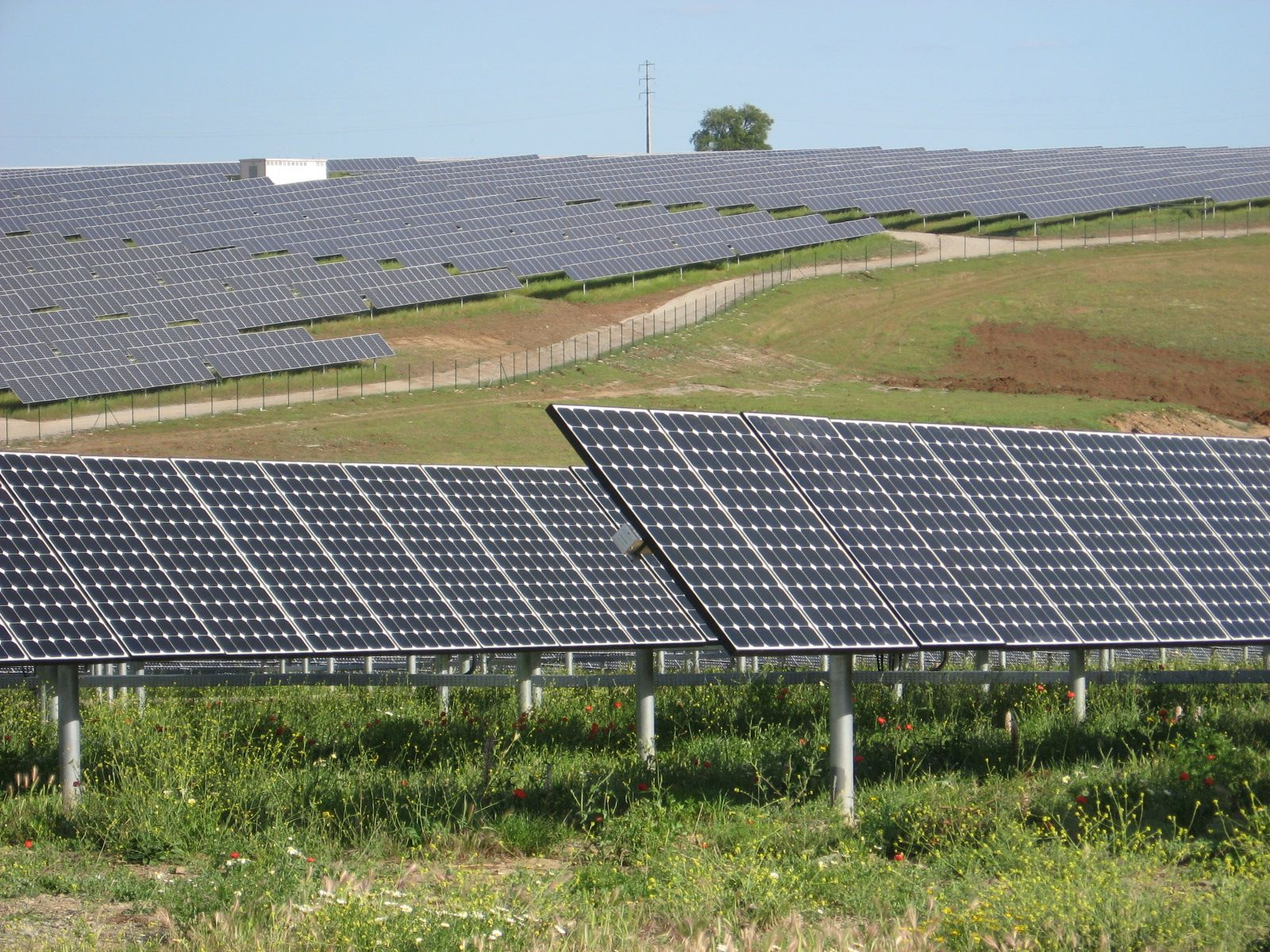 The Solar Photovoltaics Market In Australia With Images Solar Power Plant Solar Solutions Solar Companies