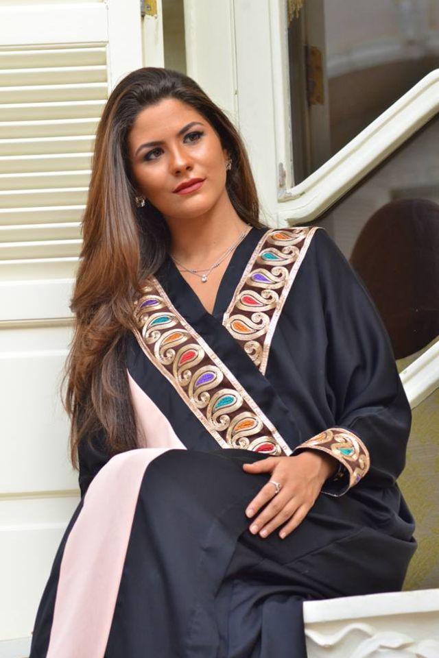 Abaya Caftan Kaftan Bisht Islamicdress Arab For More Abaya Caftan Inspiration Please Visit My Page Www Pinteres Abaya Fashion Oriental Fashion Fashion