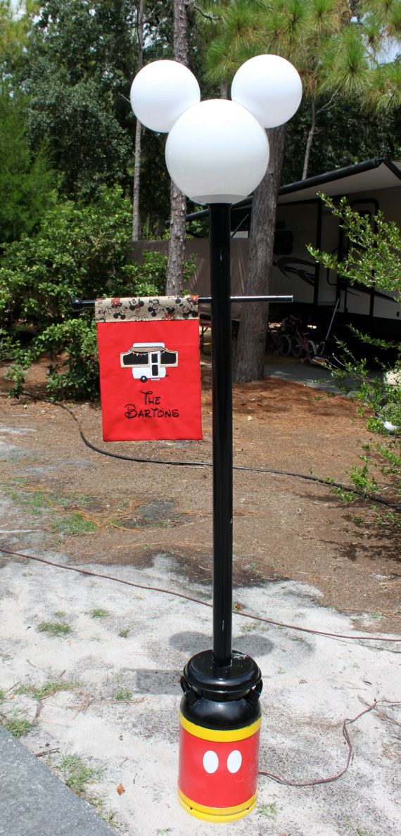 Disney Fort Wilderness Camping Yard Garden Flag With Mickey And Minnie  Burlap And RV Appliqué
