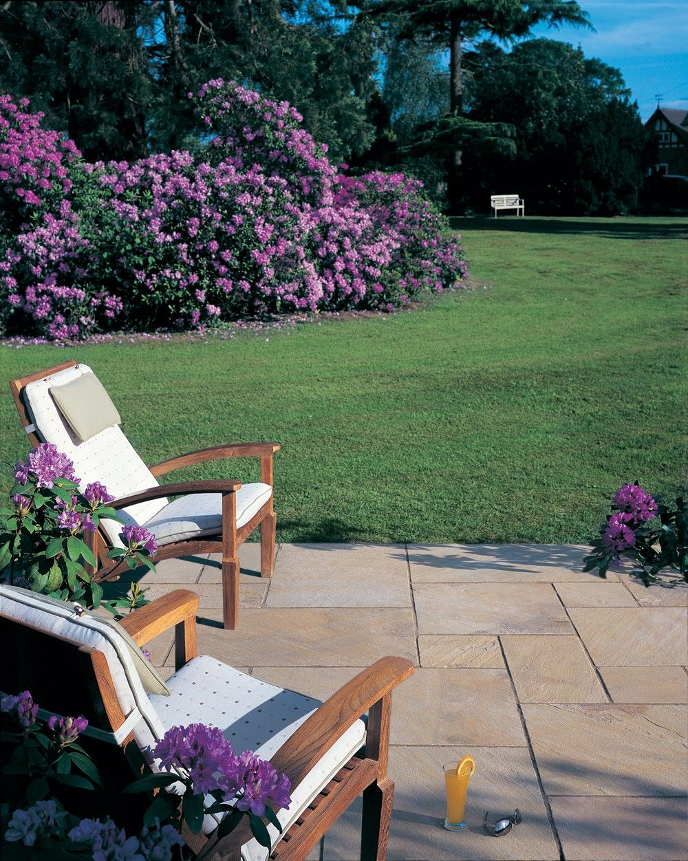 Patio With Grass Between Stones | Bradstone Natural Sandstone Paving    Fossil Buff   Patio Pack
