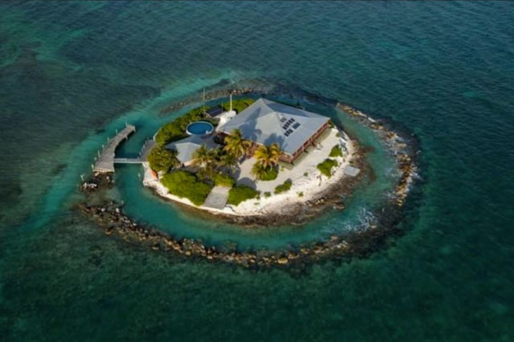 6 Remote Island Homes for Sale Right Now