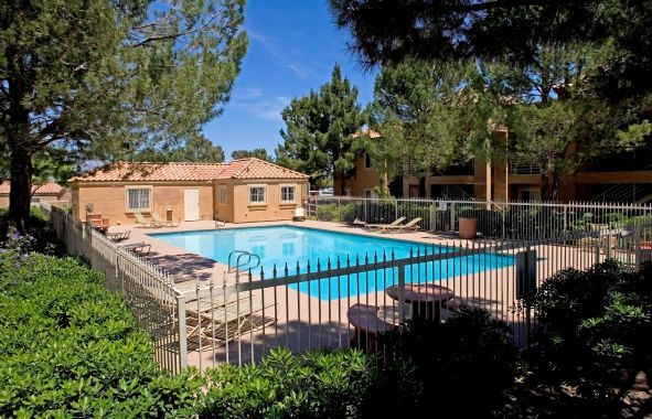 Camden Hills In Las Vegas Nv With Images Luxury Apartments
