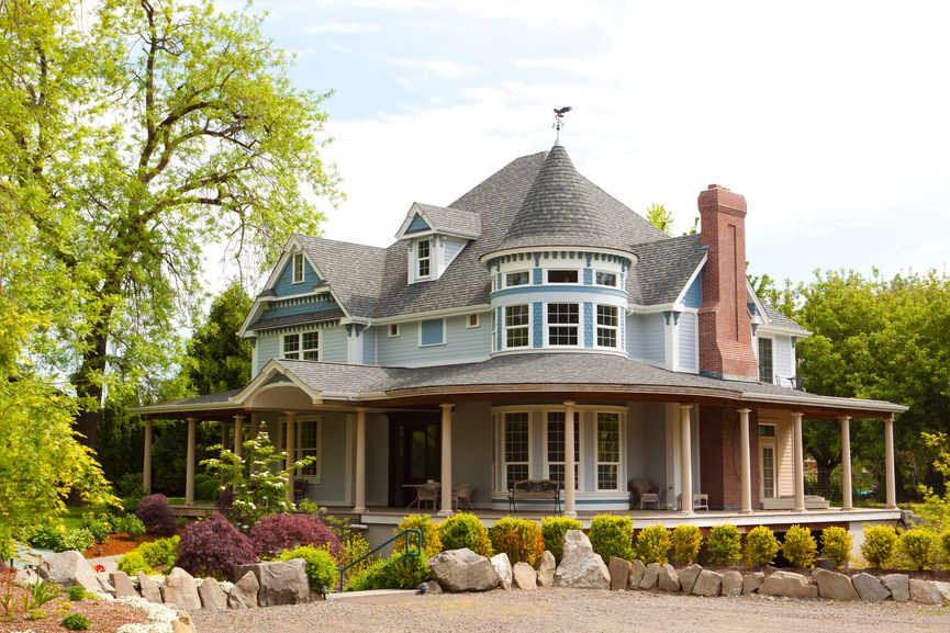 60 Finest Victorian Mansions And House Designs In The World Photos Victorian Style Homes House Wrap Around Porch Victorian Homes