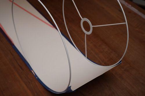diy anleitung f r einen lampenschirm aus tapete linas neue wohnung pinterest. Black Bedroom Furniture Sets. Home Design Ideas