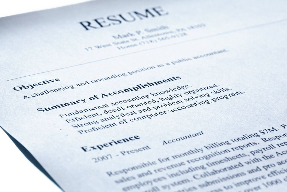 5 Dangers Of Online Resume Samples - consider the source, though