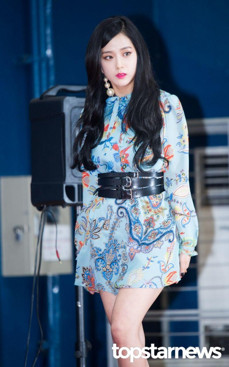 韓国人 美女画像 K-POP 美女と野獣, 韓国人女性, 人形, 黒, スタイル, ファッション, オージェイズ, 音楽, Itu