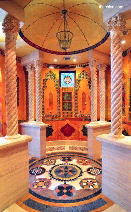 Versace mnsion in Miami Beach - Columnas en templete de la casa del ...