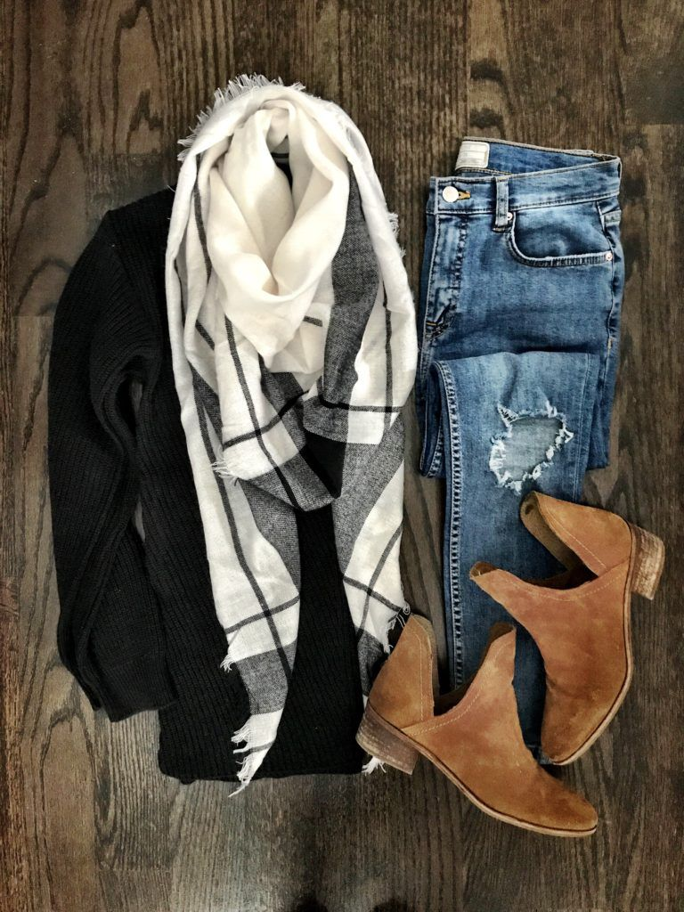 Big flannel outfits  IG mrscasual  Black u white scarf outfit  Things to Wear