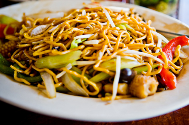 Best Taste Chinese Restaurant In Indianapolis In Is Serving A Buffet As Well As Takeout And Delivery Indian Food Recipes Food Healthy Recipes