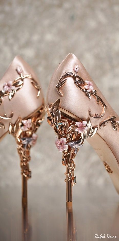 My Shoes Need Flowers On Them Rose Gold Is Perfect Ralph Russo Wedding Shoes 8 04042017 Deer Pearl Flowers