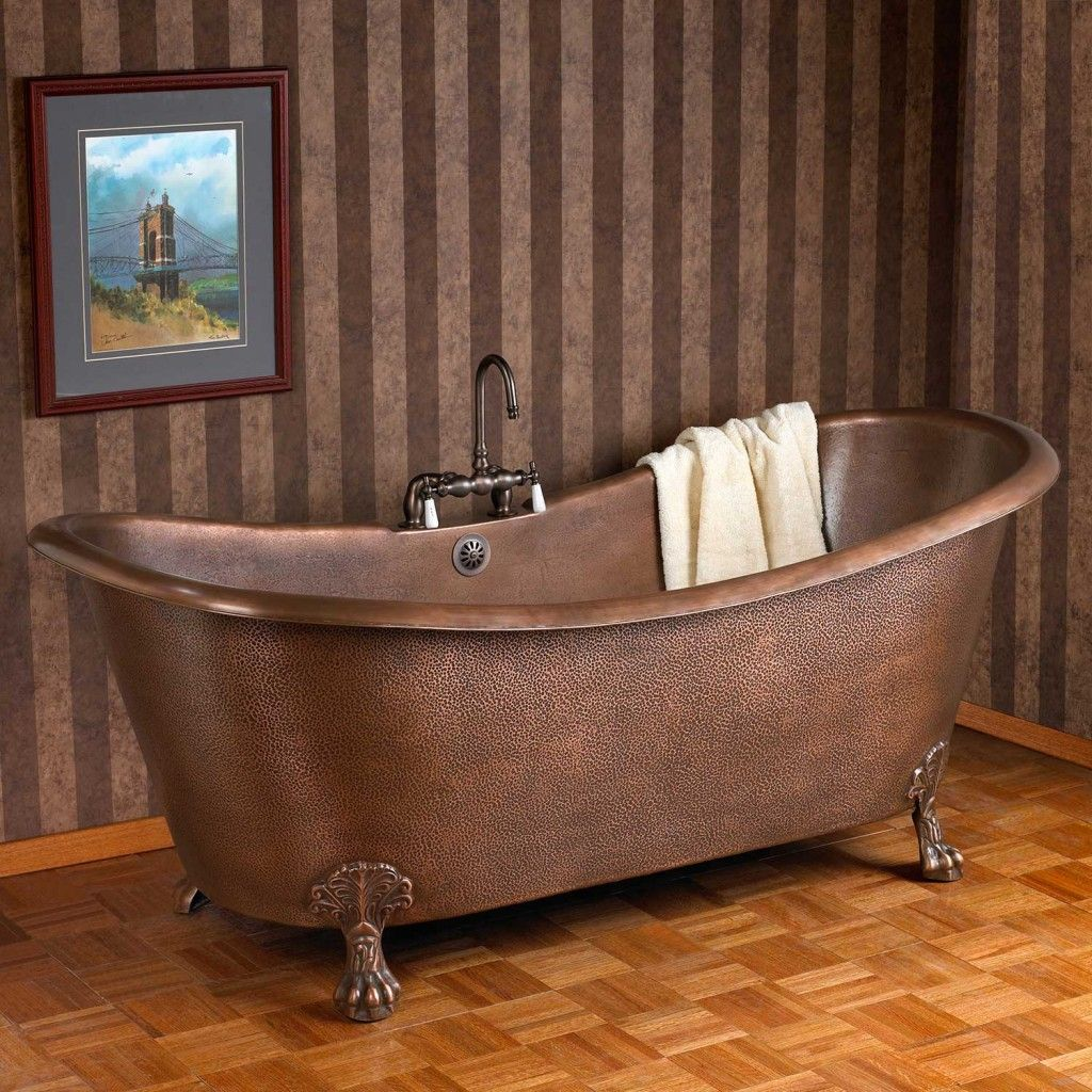 Wonderful Clawfoot Tub Design Inspiration With Isabella Hammered ...