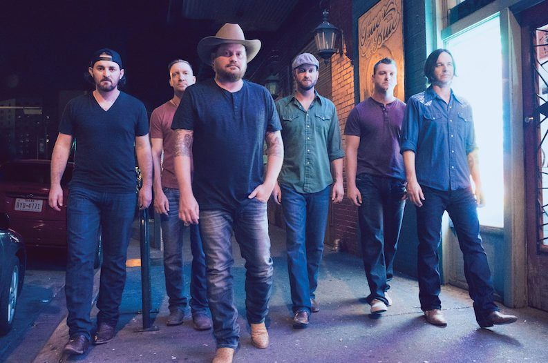 Randy Rogers Band Shares Their 'On the Bus' Playlist