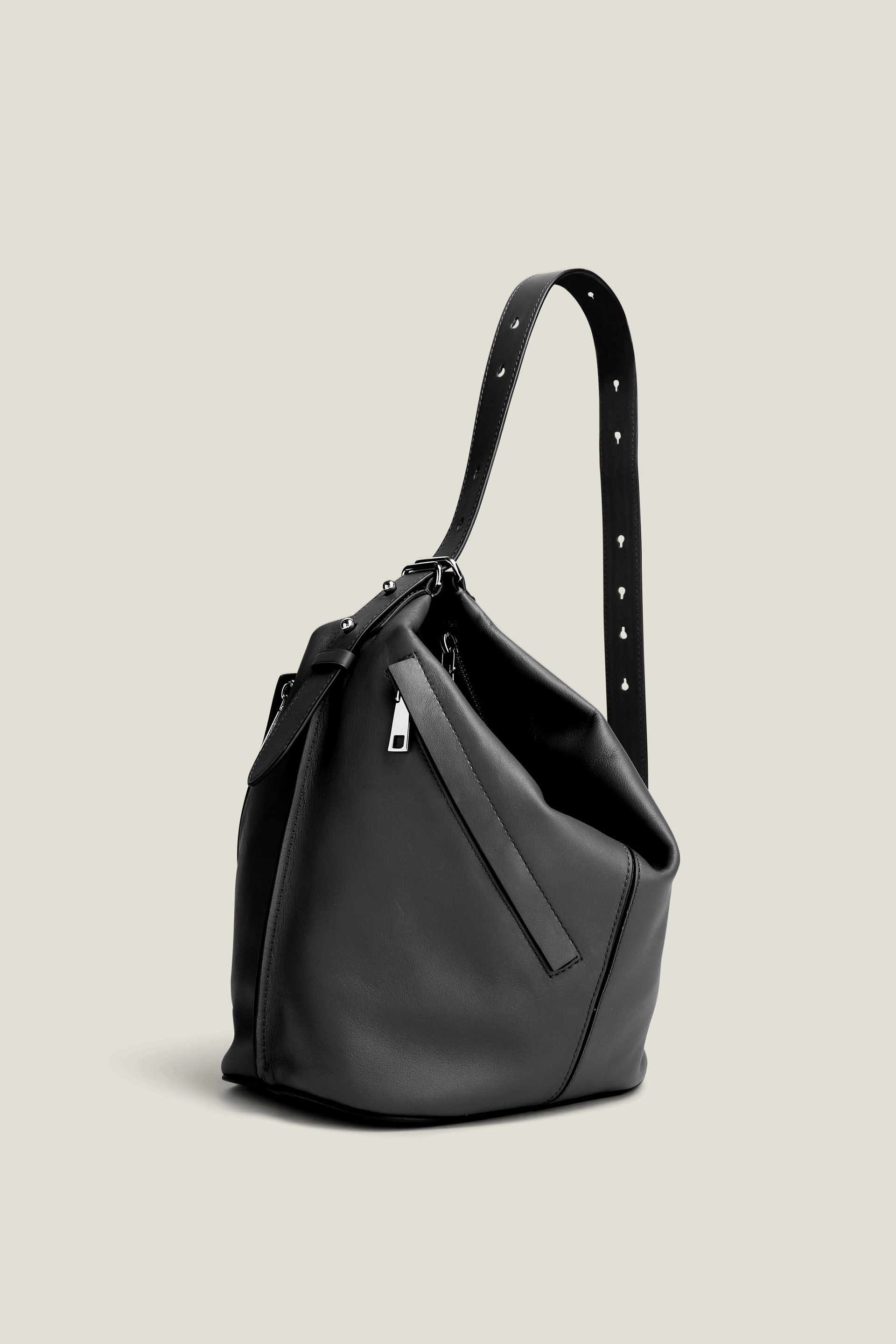 6c08add0189e the sling the sling | Bag and Decoration | Marc jacobs hobo, Bags ...