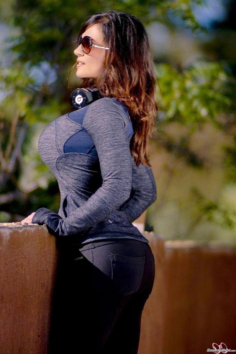 Athletic girl fucking sex