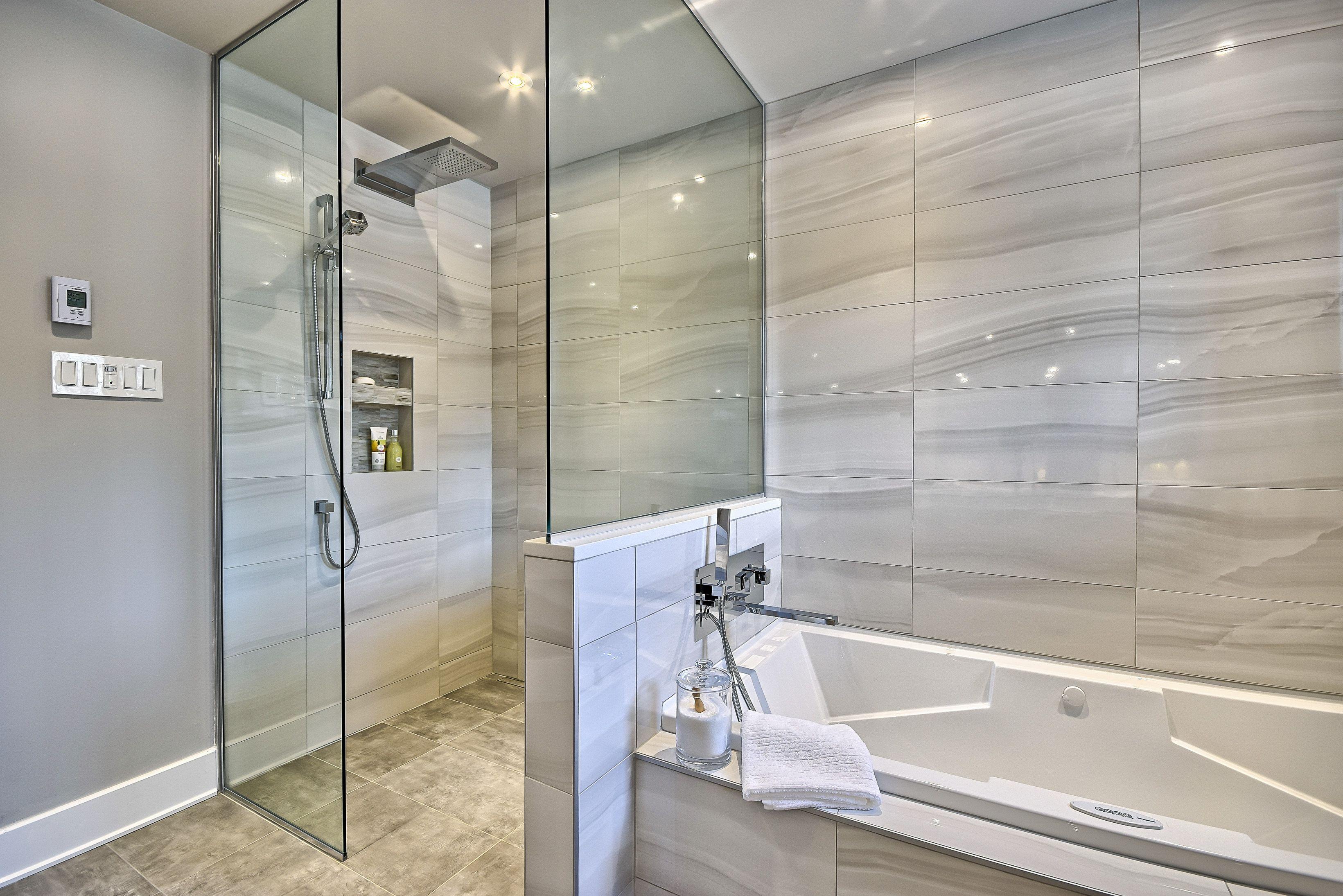 salle de bain l 39 intemporelle salles de bains pinterest conception. Black Bedroom Furniture Sets. Home Design Ideas