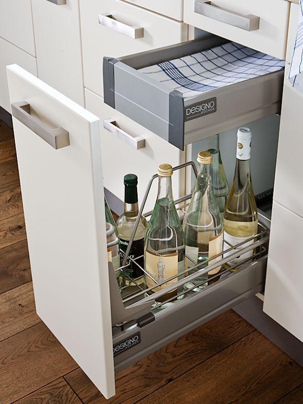 Küche mit Landhaus-Elementen Kitchens, Kitchen design and Pantry - Ikea Küchen Landhaus