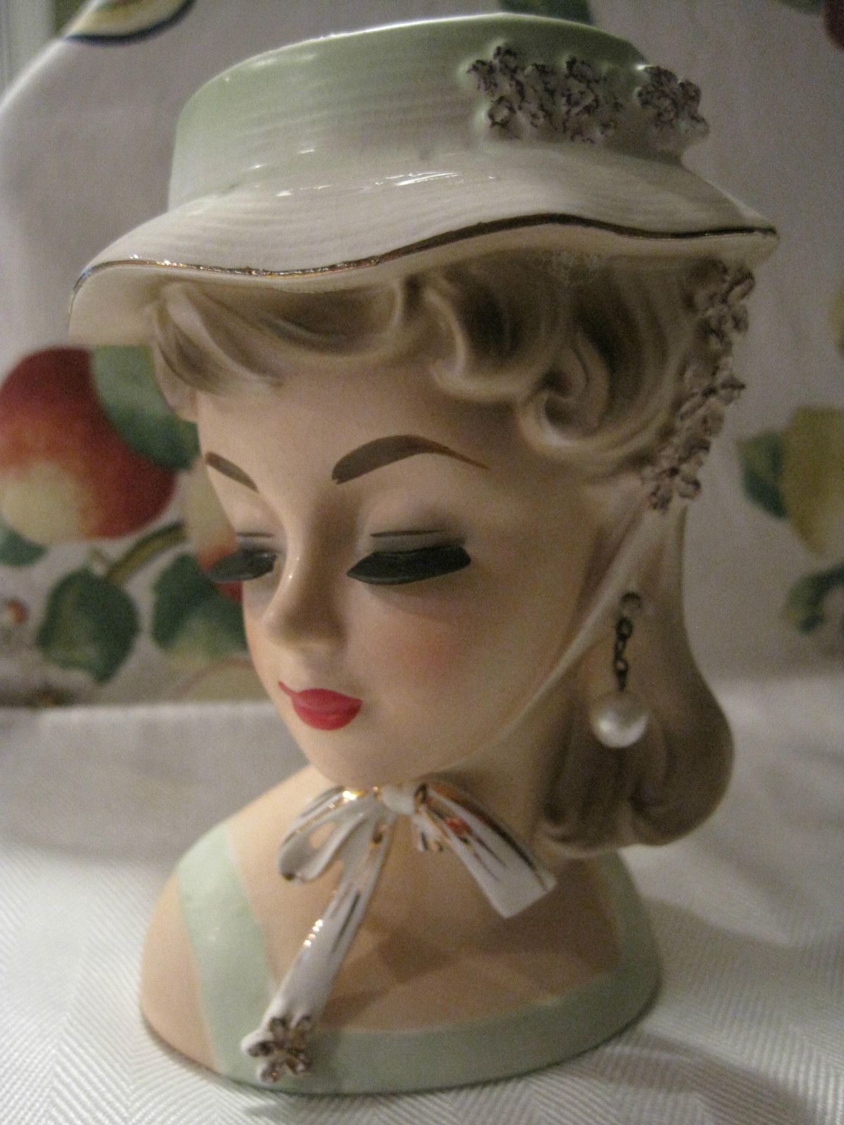 Hey Head Hunters Vintage Unmarked Lady Head Vase 6 Ebay Head Vase Face Vase Ceramic Lady Heads