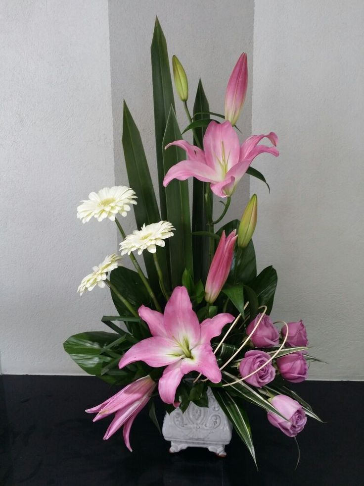 Pin by Lulua Shipchandler on Floral arrangements Floral, Diseño - Arreglos Florales Bonitos