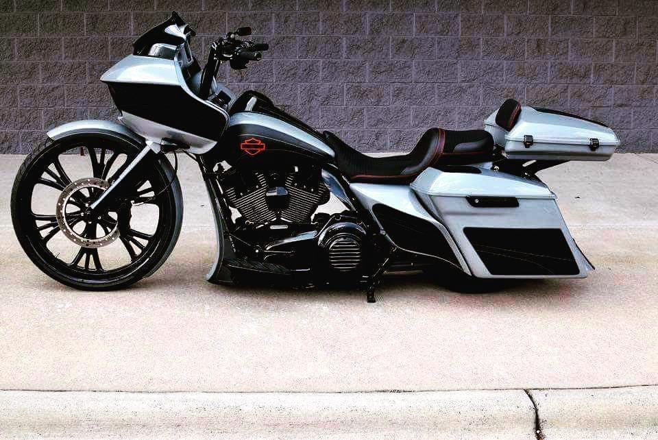 Bagger motorcycles Harley bikes, Custom sport bikes