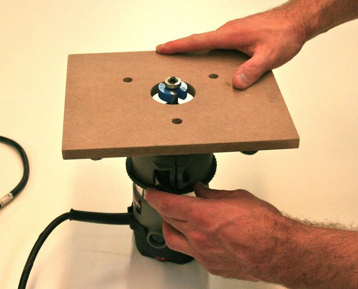 Make your own homemade router table and base plates for How to make a router table stand