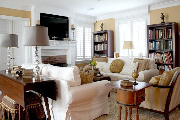 Home Tour Lona And Gill Crittenden Bright Bold And Beautiful Home Family Living Rooms House Joy