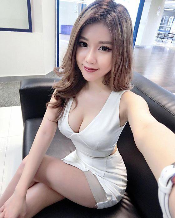 Elliot porn pretty asian girls gallery orgasum long