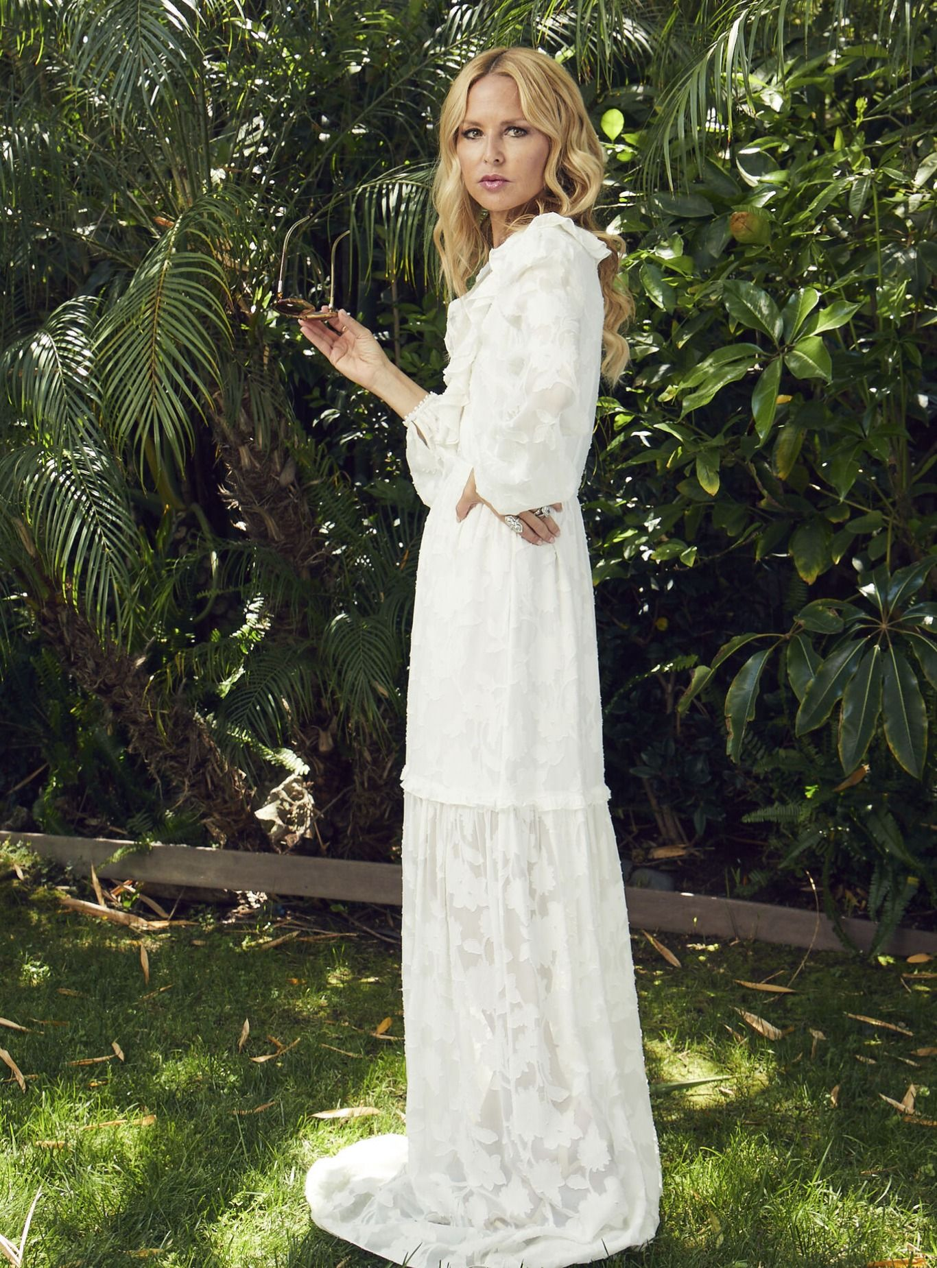 Alexis Fil Coupe Maxi Dress Rachel Zoe Dresses Wedding Dresses Lace Maxi Dress [ 1849 x 1366 Pixel ]