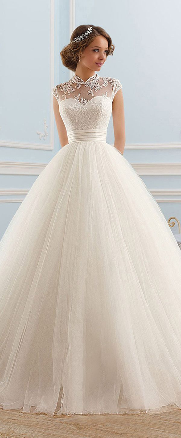 Wedding dress with collar  Glamorous Tulle High Collar Neckline Ball Gown Wedding Dress  Bodas