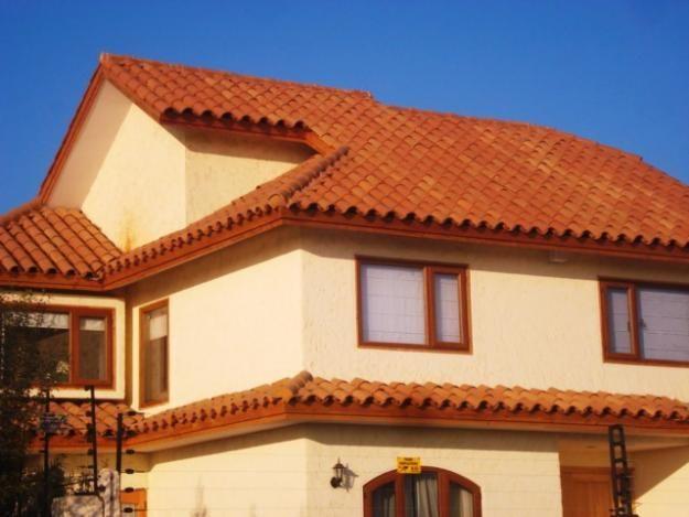 Enchapes de madera buscar con google suzuki for Casas con techo de teja