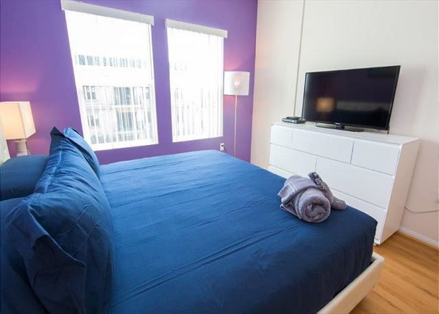 Two Bedroom Los Angeles Vacation Apartment LALUX-2C # ...