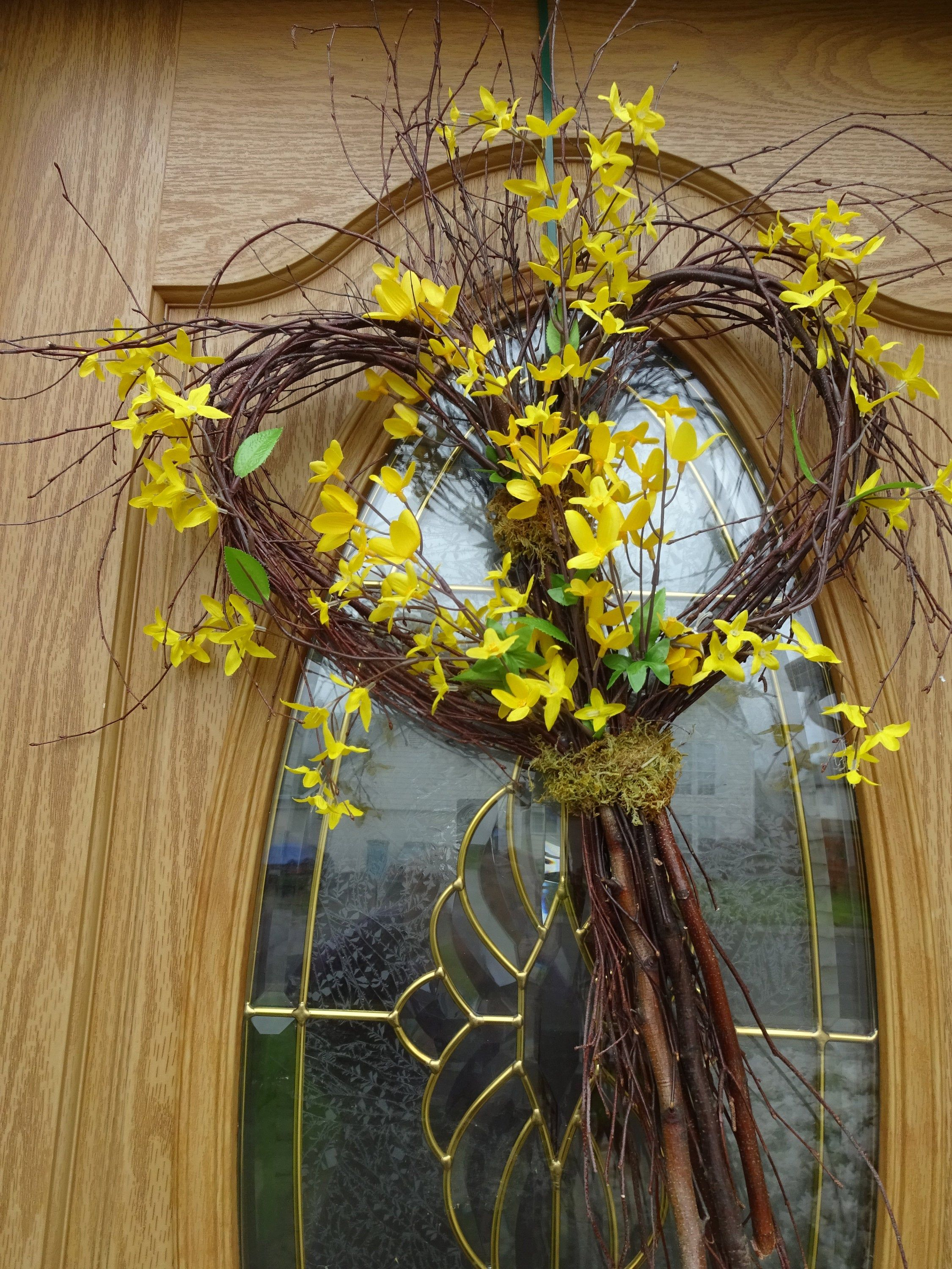 Heart Twig Wreath Forsythia Wreath Twig Wreath Wedding Decorations Summer Wreath Front Door Wreath Heart Shaped Twig Wreath In 2020 Summer Front Door Wreath Forsythia Wreath Twig Wreath