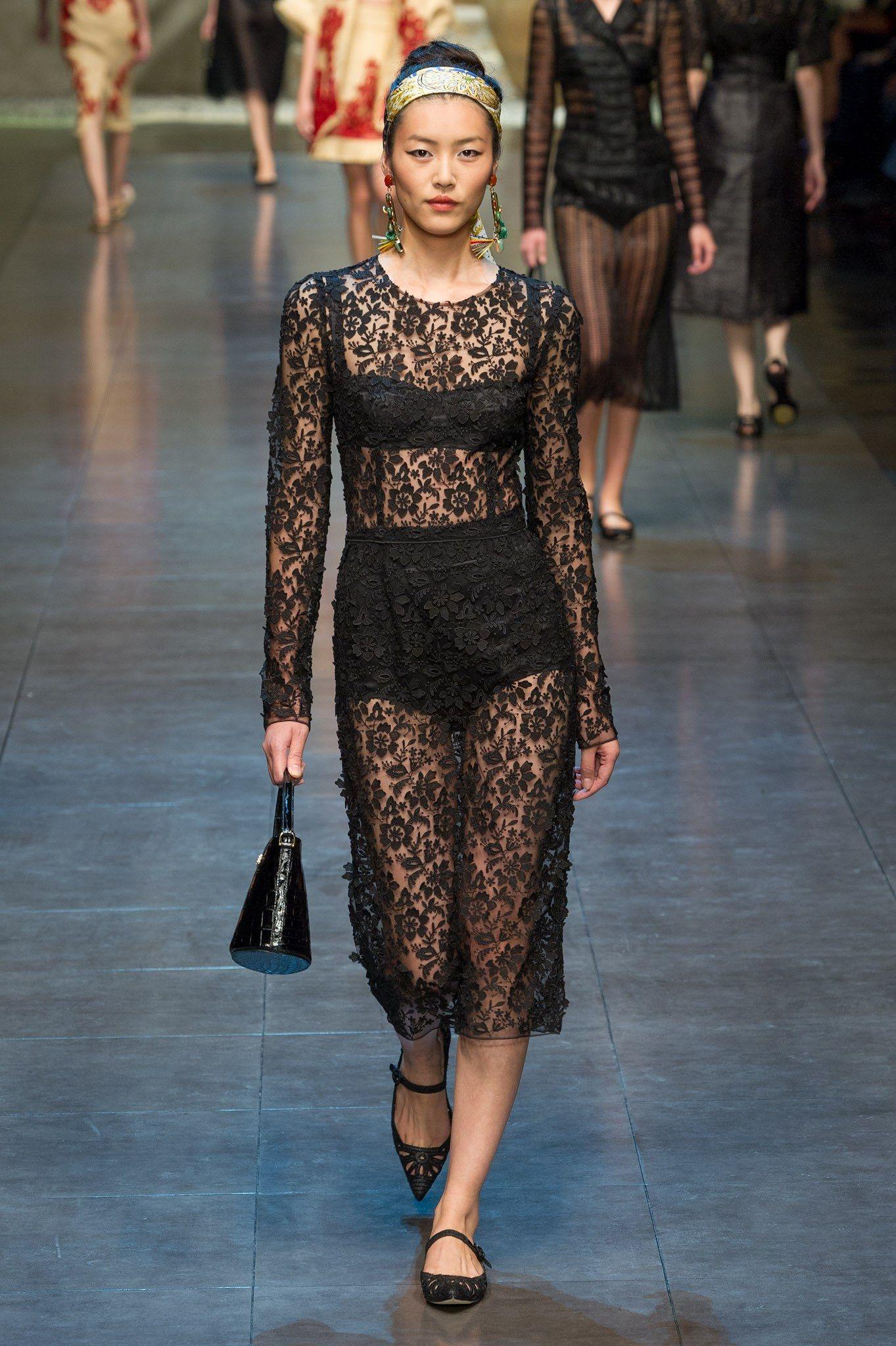 Dolce & Gabbana Spring 2013 Ready-to-Wear Fashion Show - Liu Wen