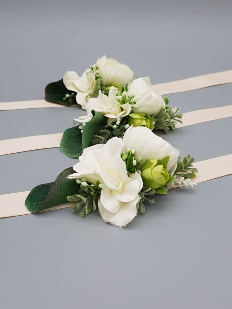 Beautifully Handmade Yellow//White// Wedding Buttonholes Gents//Ladies