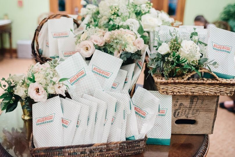 Wedding Favor Gifts To Guests + Mini Krispy Kreme Donut