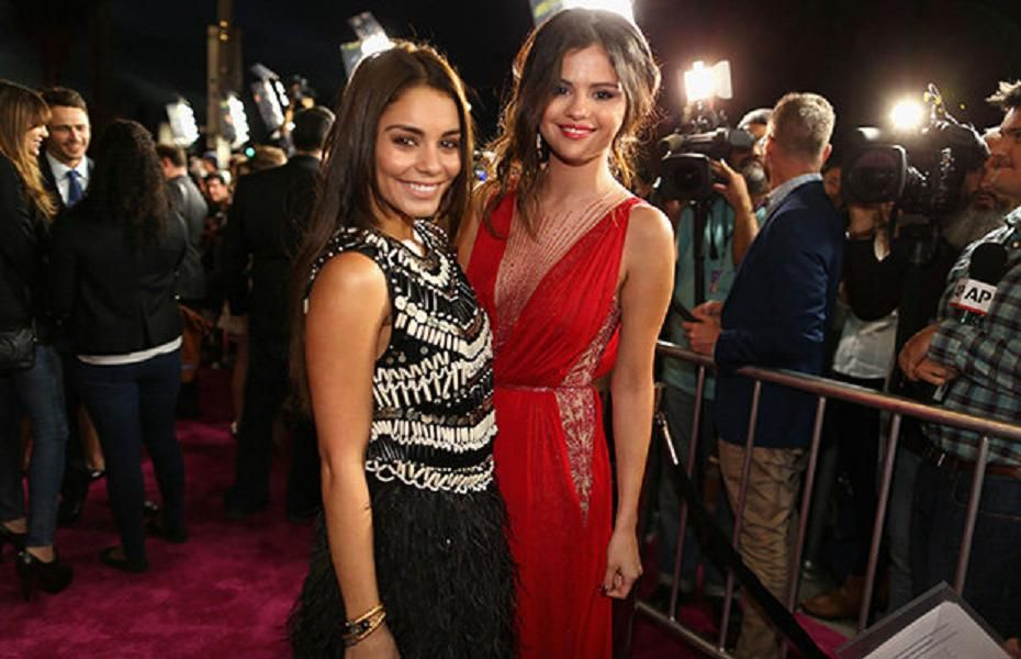Selena Gomez , Vanessa Hudgens Hollywood Spring Breakers Premiere